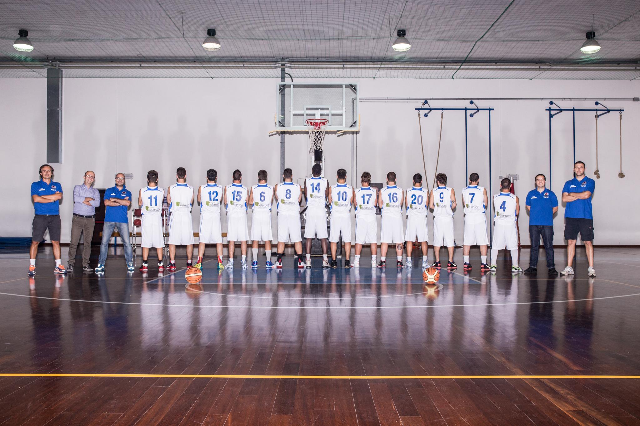 squadra_2014-15_retro